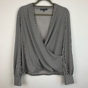 Adrianna Papell Large Faux Wrap black white top